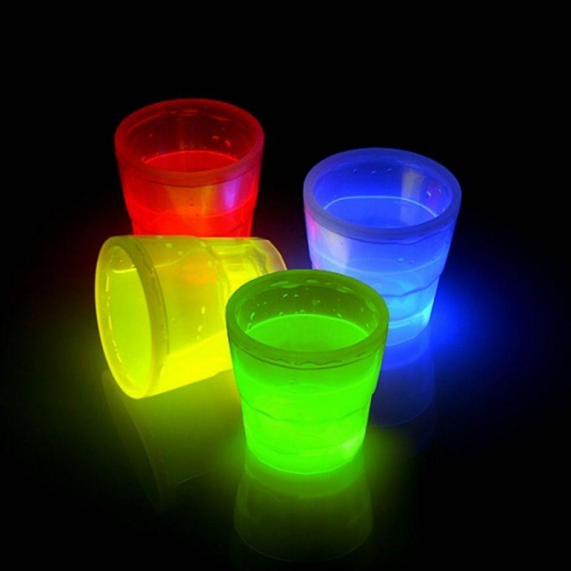 Knicklicht Becher 50ml 4 Stück Farb-Mix