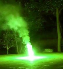 Bengalo Fatalo No.3 - T1 Grüner Bengal zu grünem Strobo - 50 sec.